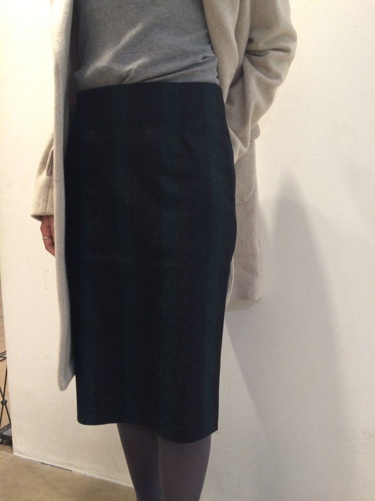 スカート¥20.000+tax